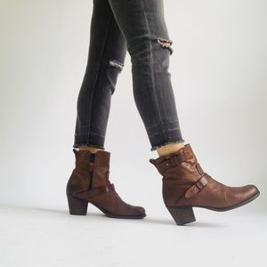 Rag & Bone Leather Heeled Ankle Boots